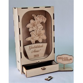 Ballagási ajándék Egyéni felirattal. /Fiókos dobozban/